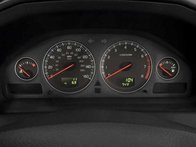 Volvo-dashboard met kilometertellers